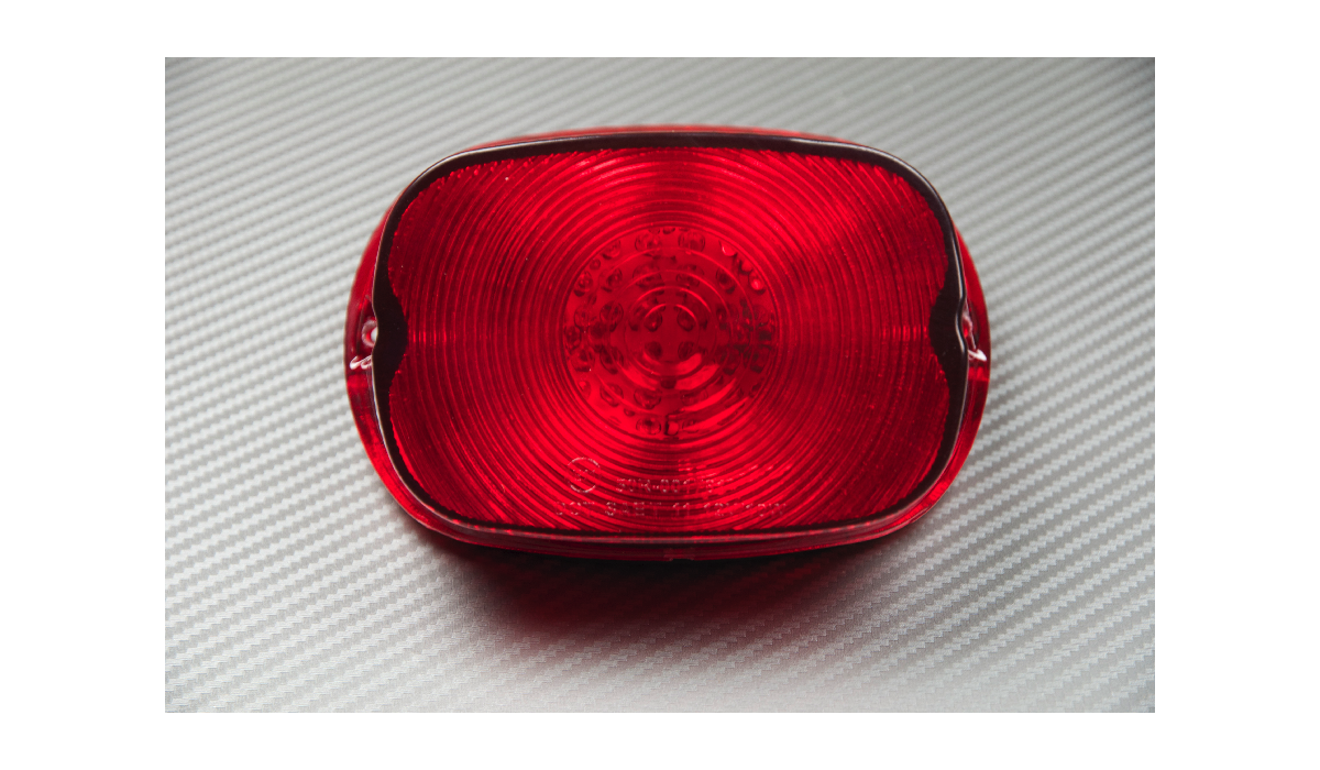 LED Taillight with Integrated turn signals for Harley