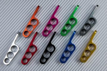 Passacavi universale in alluminio anodizzato.