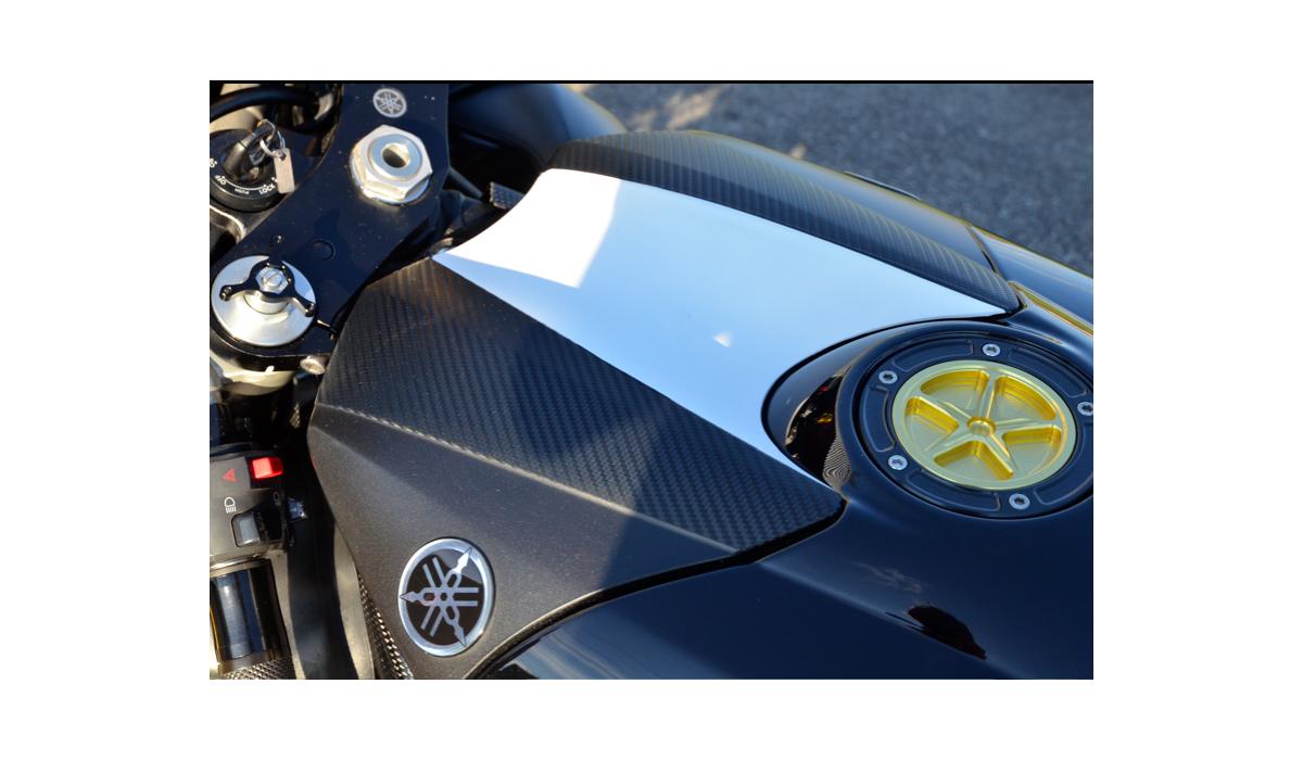 covering haut de gamme en plusieurs coloris avdb moto l 39 accessoire prix motard. Black Bedroom Furniture Sets. Home Design Ideas