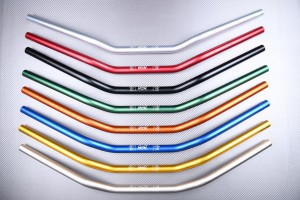 Manillar plano anodizado diámetro 22mm - STREETFIGHTER