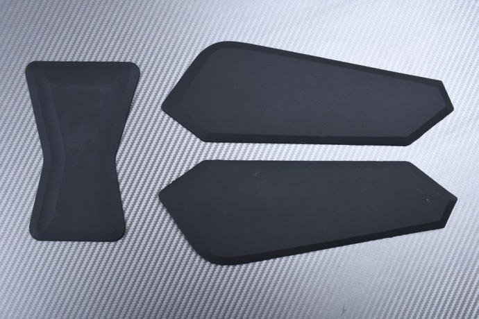 Adhesive tank side traction pads BMW F750GS F850GS 2018 - 2020