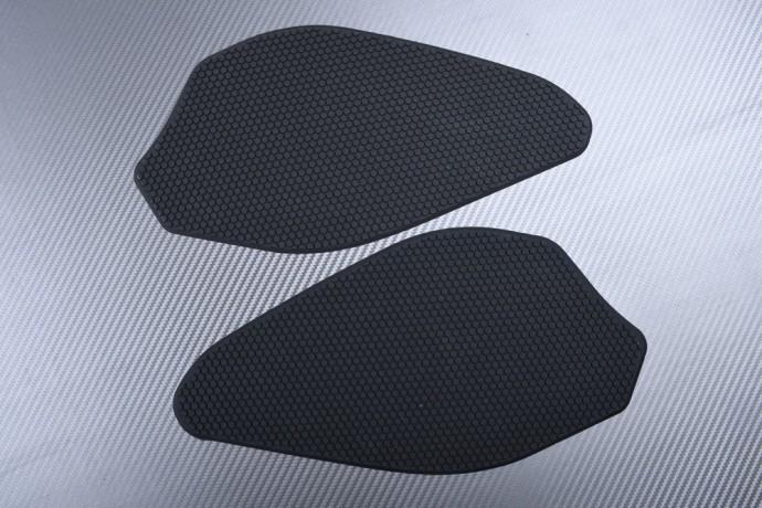 Adhesive tank side traction pads YAMAHA R6 2017 - 2020