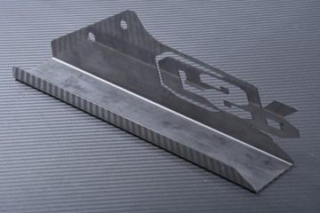 Eloxierter Aluminium-Kettenschutz SUZUKI GSR 400 / 600 2008 - 2013