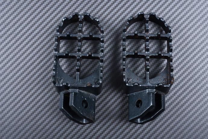 Pair of dirtbike footrests SUZUKI RM 80 1993 - 2001