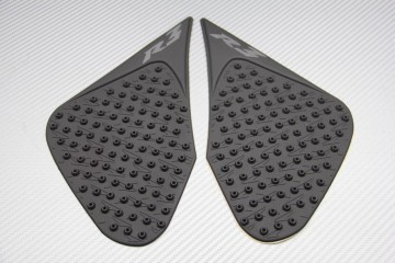 Adhesive tank side traction pads Yamaha R3