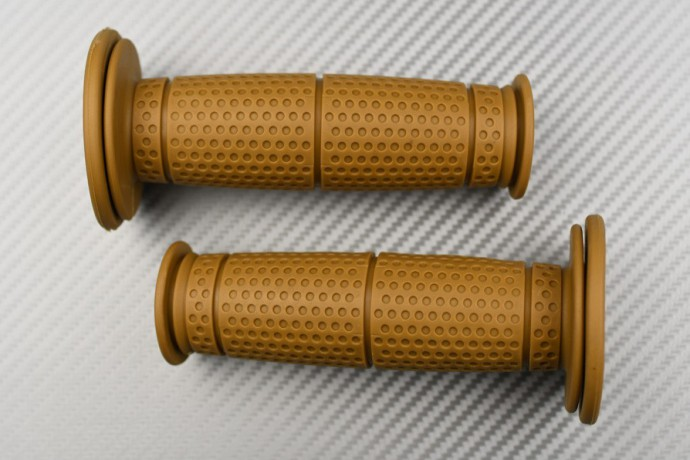 Pair of Brown Rubber Grips - Cafe Racer Design