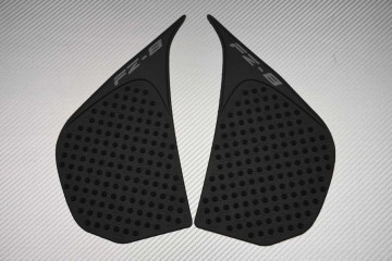 Adhesive tank side traction pads Yamaha FAZER 800 & FZ8 2010 - 2015