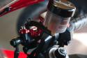 Supporto/adattatore serbatoio liquido freni